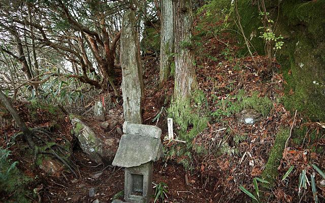 御岩神社の光の柱