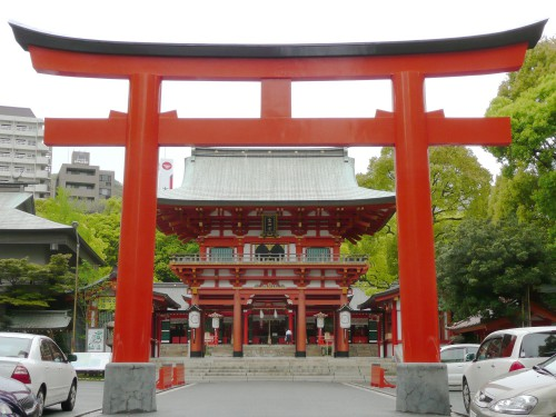 生田神社の赤鳥居