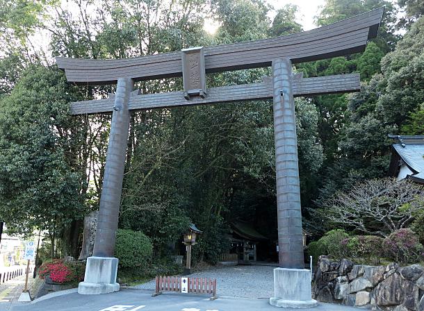 高千穂神社の鳥居