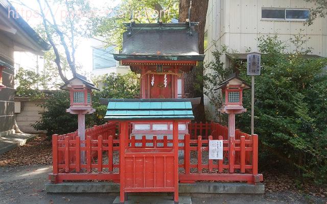 長田神社の月読社