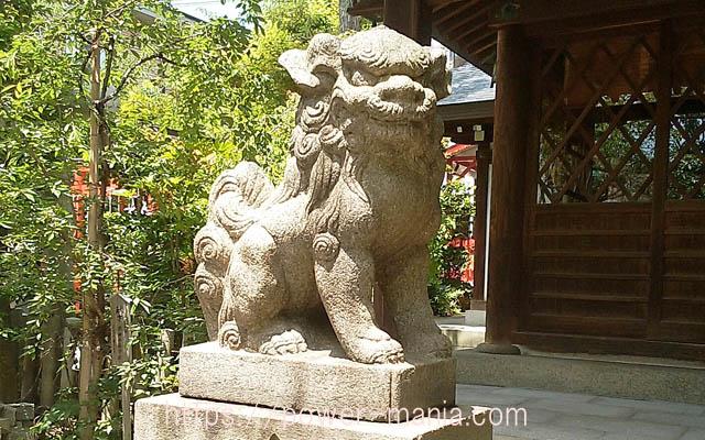 一宮神社の左の狛犬