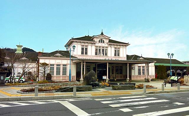 輪王寺の近くの日光駅