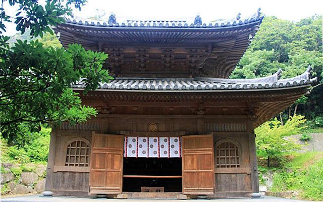 日本寺の薬師本殿