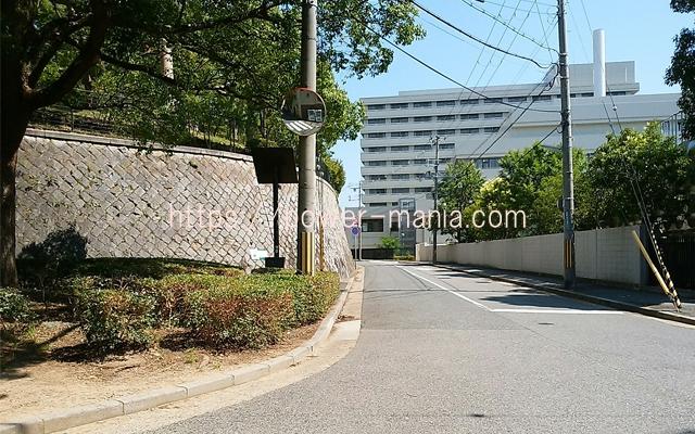 祇園神社から八宮神社へのアクセス・神大病院の横