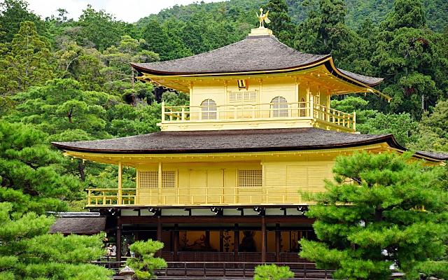 金閣寺舎利殿