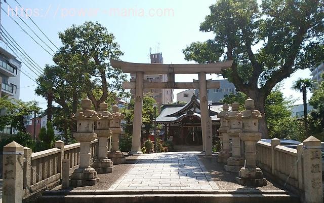 八宮神社の正面