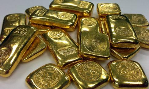 金運アップのイメージ・たくさんのゴールドバー