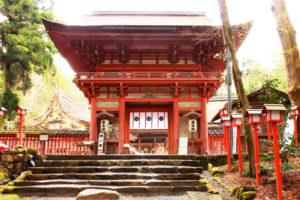日吉大社の門