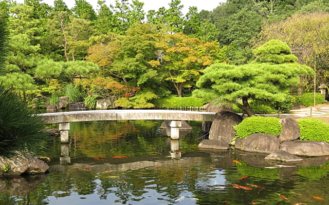 姫路城の隣にある好古園