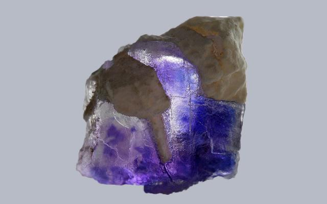 紫のフローライト原石