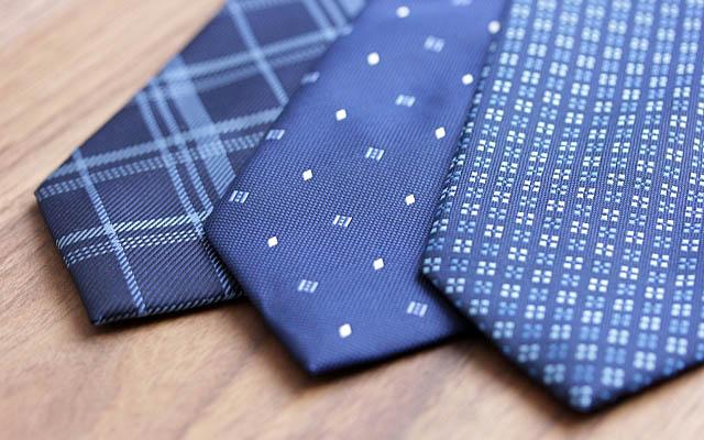 紺系のネクタイ3本