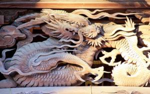 田無神社の龍の彫刻